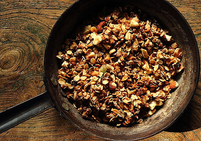 granola on oak sharper
