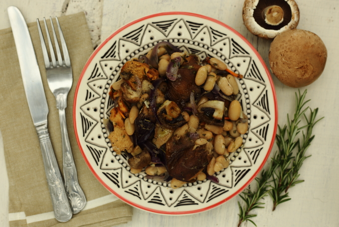 BEANS AND MUSHROOMS with rosemary