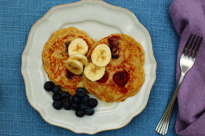 raspberry & banana pancakes