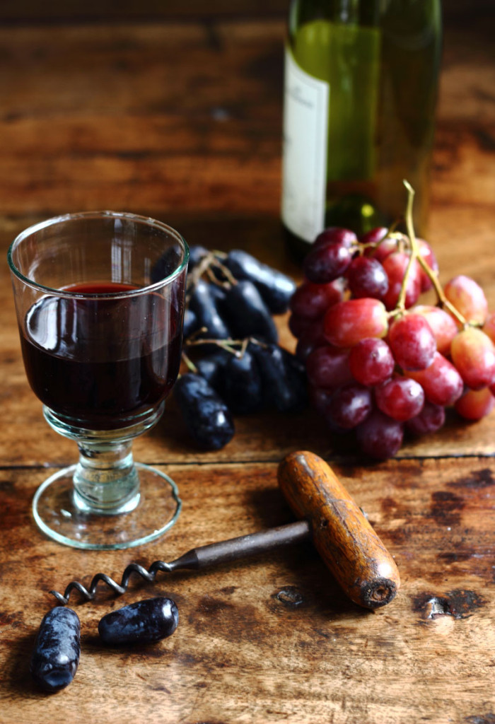 red-wine-and-grapes