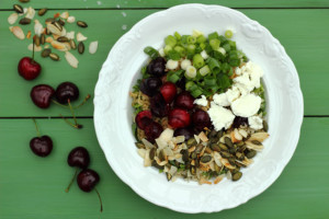 A SEASONAL SUPERFOOD THAT INHIBITS CANCER – SWEET AND SOUR CHERRY BOWL WITH KALE, ALMONDS AND GOAT'S CHEESE